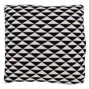 Coussin noir et blanc triangle 50x 50cm Lifestyle