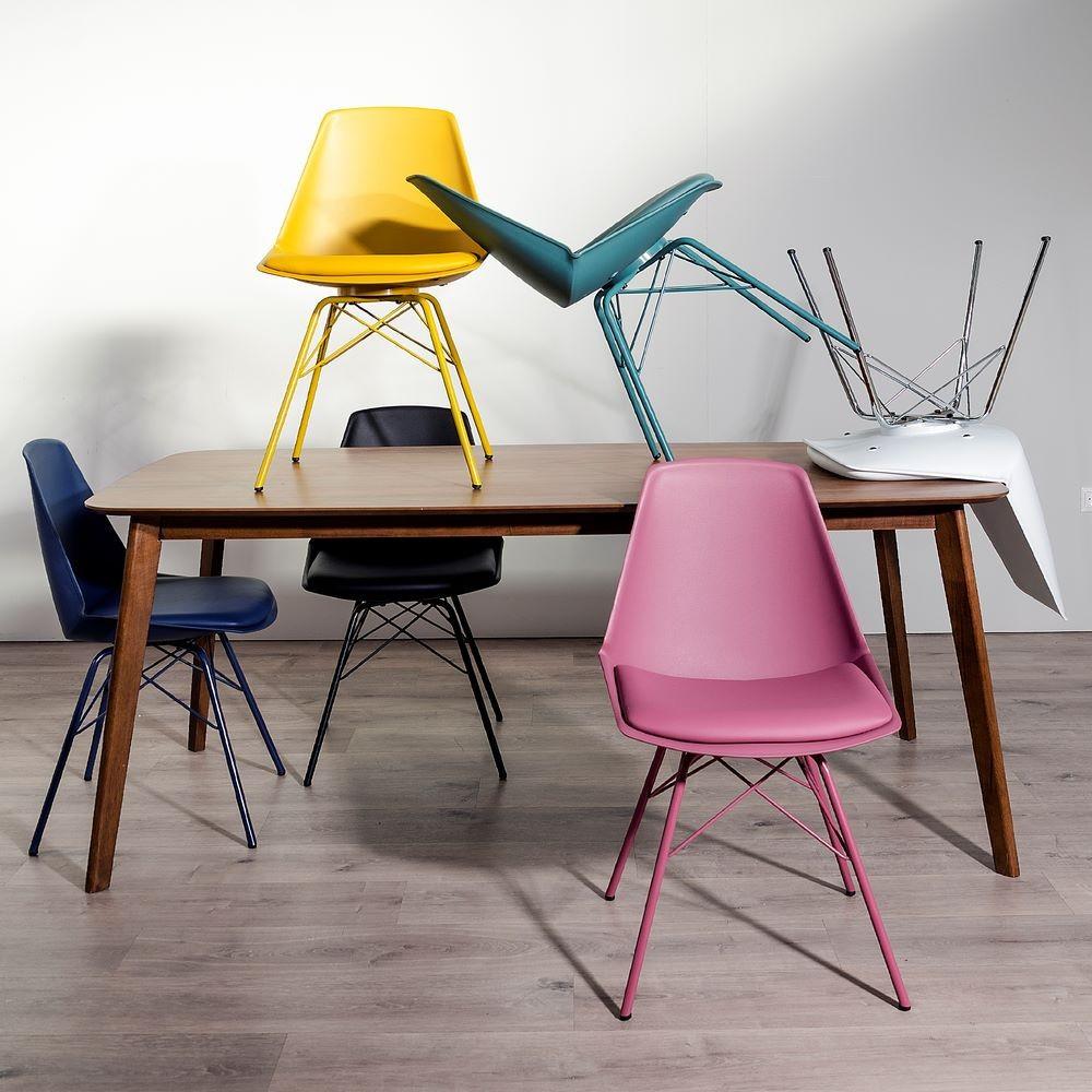 lot de 2 chaises moderne noir my home collection. Black Bedroom Furniture Sets. Home Design Ideas